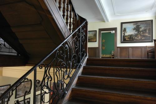 Goethehaus 10 - escalier vers chambre.jpg