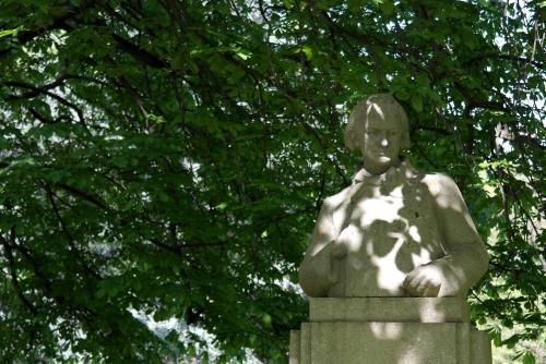 frédéric tison,photographie,Pierre-Félix Fix-Masseau,monument à charles Baudelaire